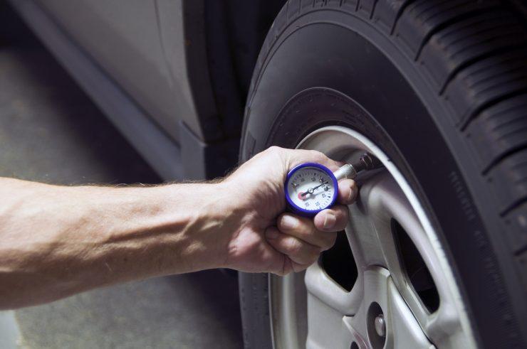 renkaiden kuluminen rengaspaineet